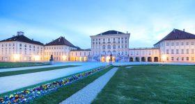 Schloss Nymphenburg während der blauen Stunde